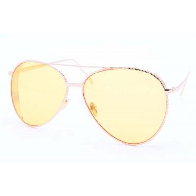 c8-yellow